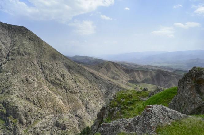 2017-04-iran-valle-alamut-castillo-lamiasar-4.jpeg
