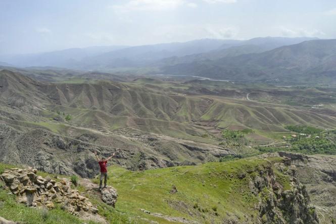 2017-04-iran-valle-alamut-castillo-lamiasar-5