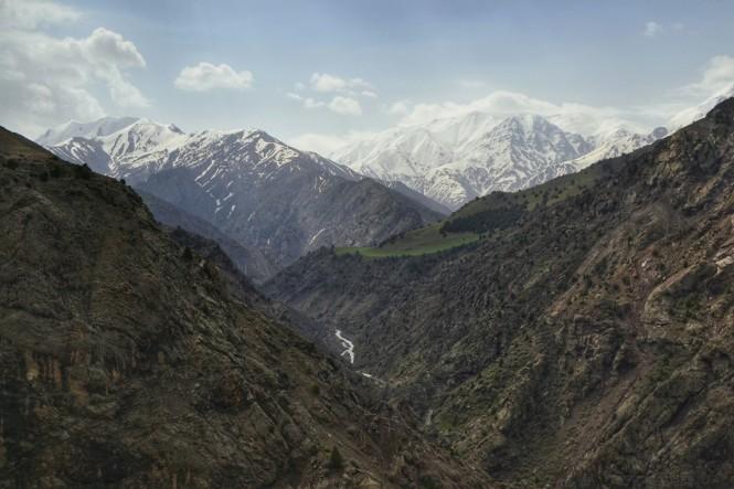 2017-04-iran-valle-alamut-mirador-cerca-pichebon-3.jpeg