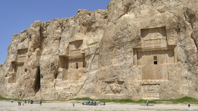 2017-04-iran-persepolis-naqsh-e-rostam-1.jpeg