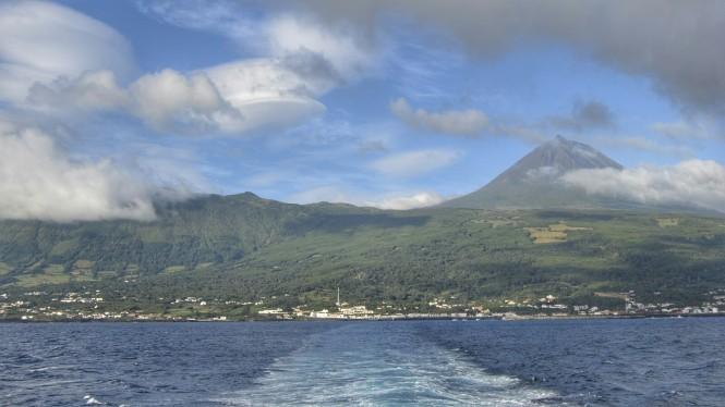 2017-07-azores-pico-ferry-1.jpeg