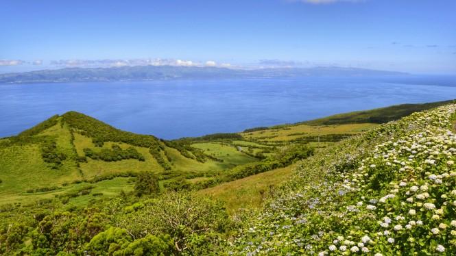 2017-07-azores-pico-ruta-lagoas-2-vistas.jpeg