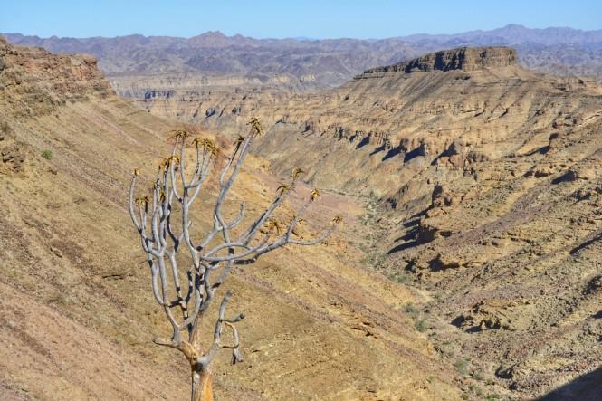 2017-06-namibia-fish-river-canyon-eagles-rock-5.jpeg