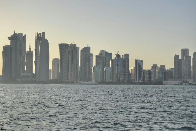2017-06-qatar-doha-corniche-skyline-03.jpeg