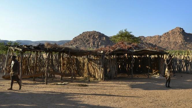 2017-06-namibia-damaraland-living-museum-damara-2