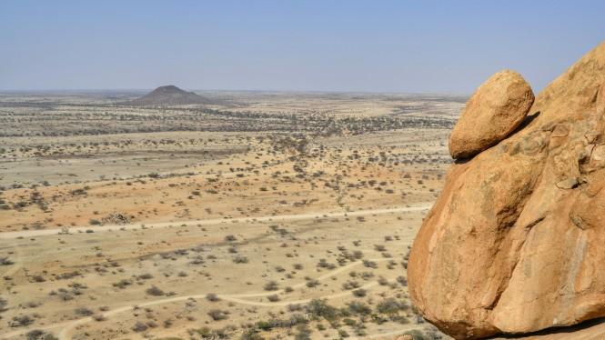 2017-06-namibia-spitzkoppe-bushmens-paradise-07