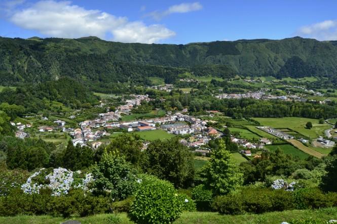 2017-07-azores-sao-miguel-furnas-pueblo