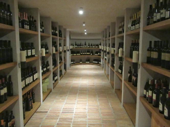 2018-07-eslovenia-goriska-brda-hotel-gredic-wine-cellar-3.jpeg