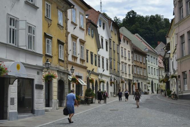 2018-07-eslovenia-ljubljana-gornji-trg-1