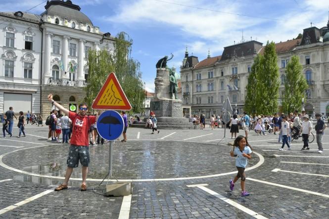 2018-07-eslovenia-ljubljana-presernov-trg-1