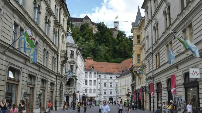 2018-07-eslovenia-ljubljana-stritarjeva-ulica.jpeg
