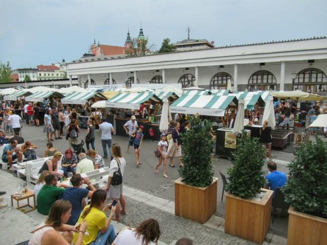 2018-07-eslovenia-ljubljana-vodnikov-trg-food-market-2
