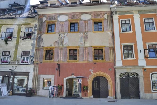 2018-07-eslovenia-skofja-loka-mestni-trg-2