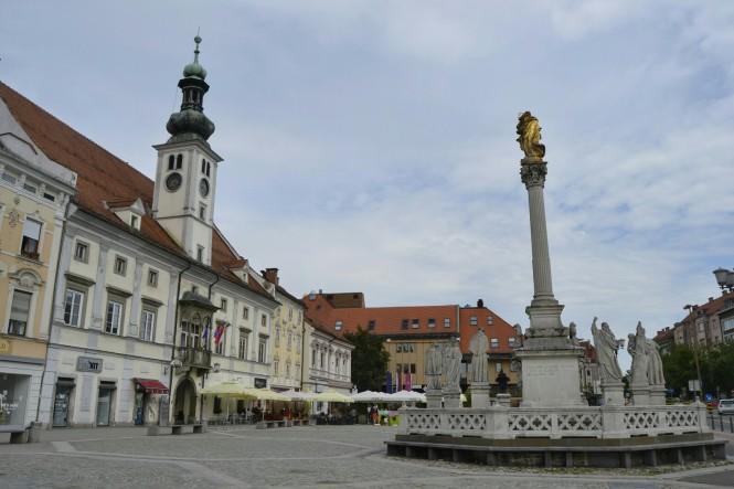 2018-07-eslovenia-maribor-glavni-trg-1