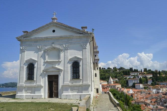 2018-07-eslovenia-piran-presernovo-cerkev-Sv-Jurija-1