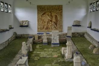 Interior del Mythraeum III
