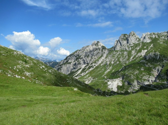 2018-07-eslovenia-dolina-soce-valle-soca-parapente-01-preparacion.jpeg