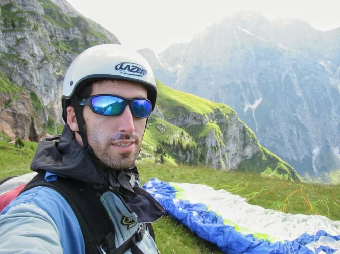 2018-07-eslovenia-dolina-soce-valle-soca-parapente-03-preparacion.jpeg