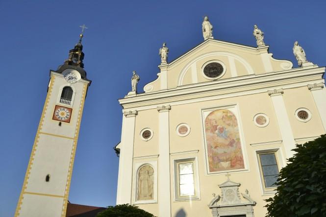 2018-07-eslovenia-kamnik-cerkev-marijinega-brezmadeznega-1