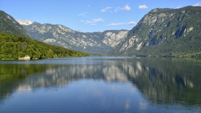 2018-07-eslovenia-alpes-julianos-triglav-etapa-1-01-bohinj