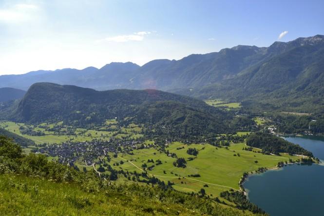 2018-07-eslovenia-alpes-julianos-triglav-etapa-1-03-vogar-vistas-bohinj.jpeg