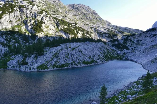 2018-07-eslovenia-alpes-julianos-triglav-etapa-2-03-veliko-jezero.jpeg