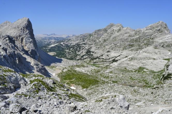 2018-07-eslovenia-alpes-julianos-triglav-etapa-2-22-hacia-kanjavec-vistas-valle