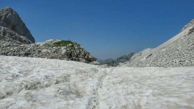 2018-07-eslovenia-alpes-julianos-triglav-etapa-2-25-hacia-kanjavec-nevero.jpeg
