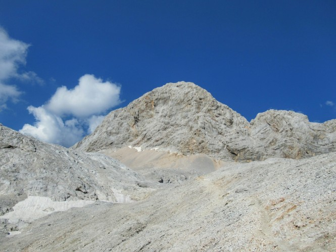 2018-07-eslovenia-alpes-julianos-triglav-etapa-2-52-descenso-triglav.jpeg