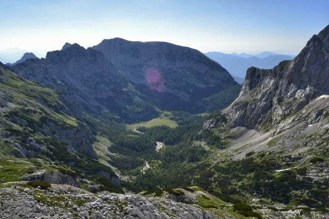 2018-07-eslovenia-alpes-julianos-triglav-etapa-3-01-hacia-dom-planika-pod-triglavom.jpeg