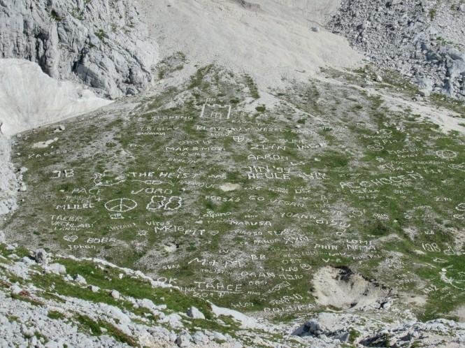2018-07-eslovenia-alpes-julianos-triglav-etapa-3-03-hacia-dom-planika-pod-triglavom