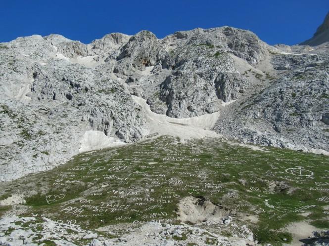 2018-07-eslovenia-alpes-julianos-triglav-etapa-3-04-hacia-dom-planika-pod-triglavom.jpeg