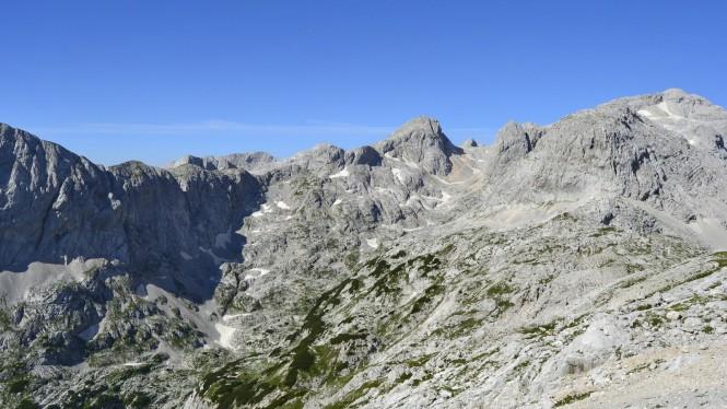 2018-07-eslovenia-alpes-julianos-triglav-etapa-3-05-hacia-dom-planika-pod-triglavom.jpeg