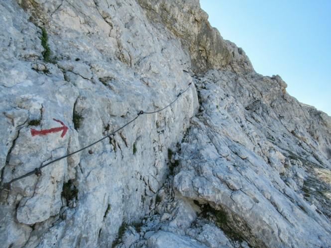 2018-07-eslovenia-alpes-julianos-triglav-etapa-3-06-hacia-dom-planika-pod-triglavom-cable.jpeg