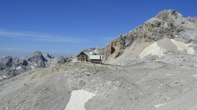 2018-07-eslovenia-alpes-julianos-triglav-etapa-3-12-hacia-kredarica-Vistas-Dom-Planika.jpeg