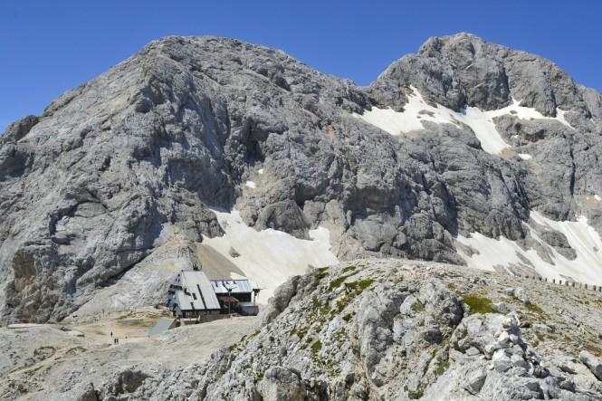 2018-07-eslovenia-alpes-julianos-triglav-etapa-3-14-hacia-kredarica-Triglavski-Dom-na-Kredarici