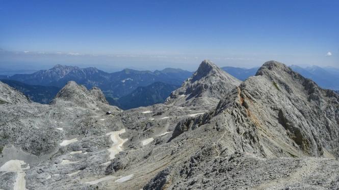 2018-07-eslovenia-alpes-julianos-triglav-etapa-3-15-hacia-Dom-Valentina-Stanica-Pod-Triglavom