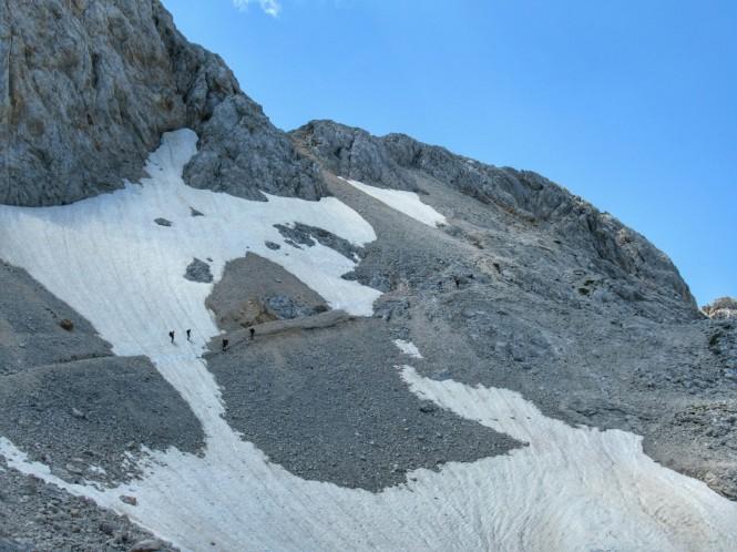 2018-07-eslovenia-alpes-julianos-triglav-etapa-3-24-hacia-Dom-Valentina-Stanica-Pod-Triglavom