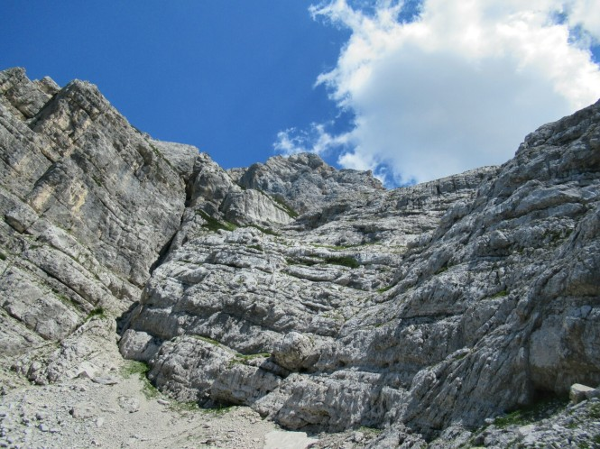 2018-07-eslovenia-alpes-julianos-triglav-etapa-3-30-descenso-prag