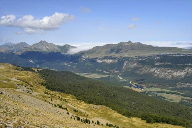 2018-08-golondrinas-dia-1-19-cima-txamantxoia-vistas-n-rincon-belagua-lakartxela-binbalet.jpg