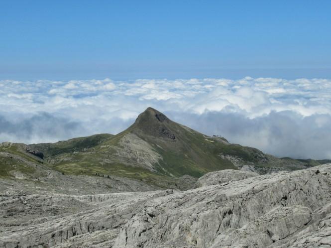 2018-09-golondrinas-dia-3-38-hacia-la-pierre-st-martin-vistas-arlas-mar-nubes.jpeg