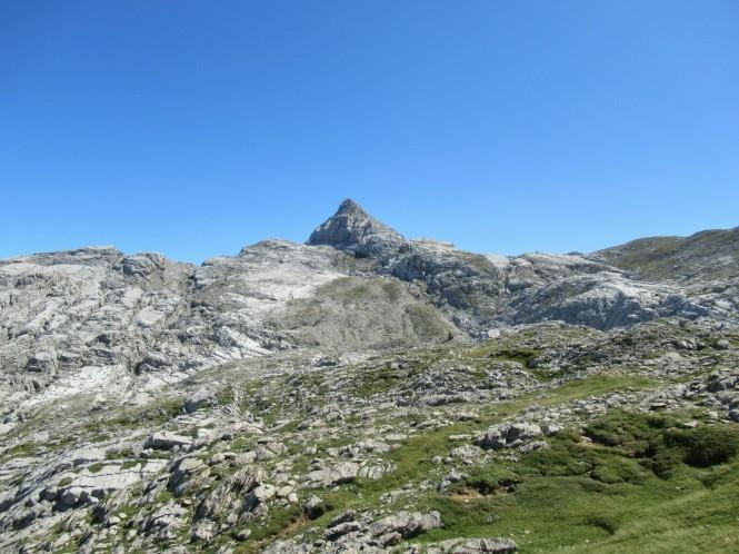 2018-09-golondrinas-dia-3-40-hacia-la-pierre-st-martin-vistas-anie.jpeg