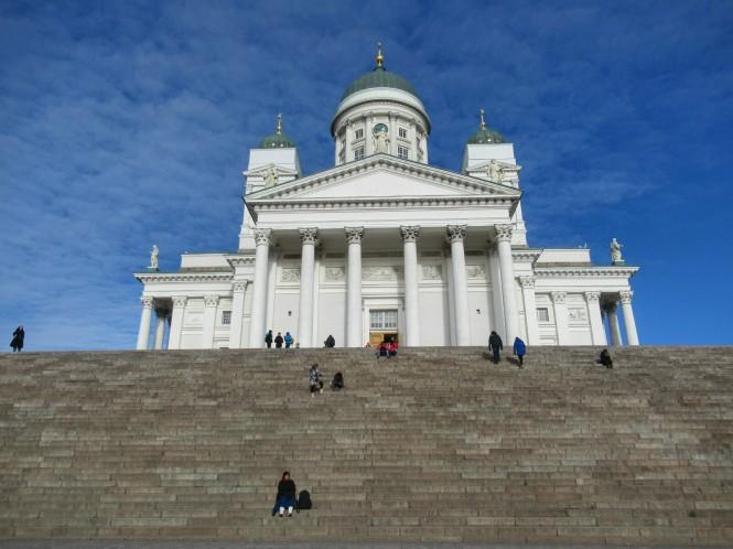 2019-03-finlandia-dia-0-helsinki-catedral-luterana-3.jpeg