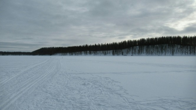 2019-03-finlandia-dia-1-11-vuelta-a-rajakartano-lago-ollori
