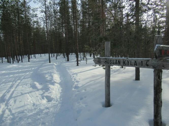 2019-03-finlandia-dia-1-17-vuelta-a-rajakartano-por-encima-lago-ollori