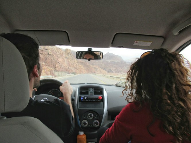 2018-12-jordania-conduciendo-1