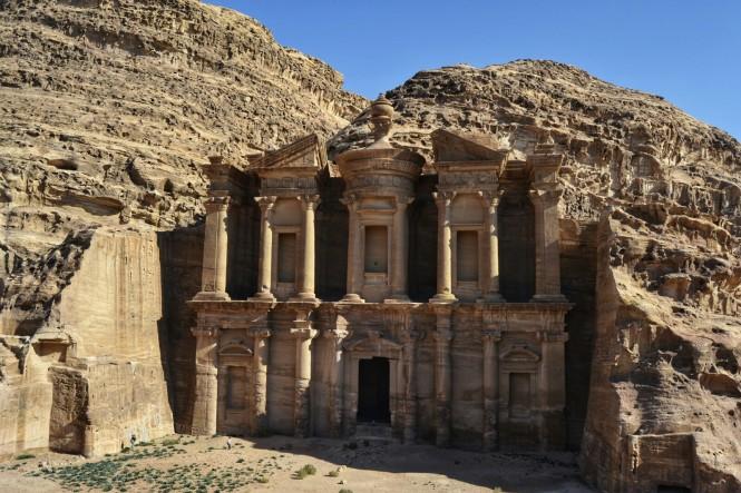 2018-12-jordania-petra-ab-deir-monasterio-02.jpeg