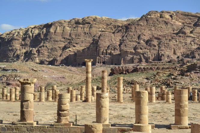 2018-12-jordania-petra-gran-templo-02.jpeg