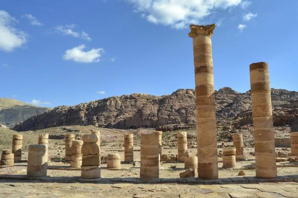 2018-12-jordania-petra-gran-templo-03.jpeg
