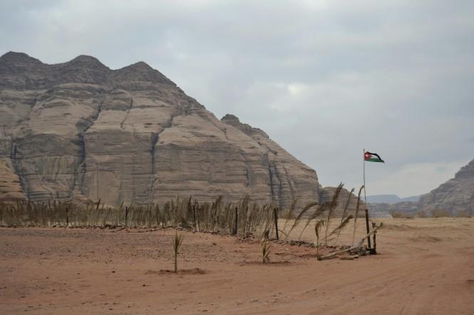 2018-12-jordania-wadi-rum-green-desert-01.jpeg